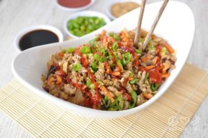 Paleo-Egg-Roll-in-a-Bowl-Crack-Slaw-Low-Carb-Gluten-Free-Peace-Love-and-Low-Carb--768x510